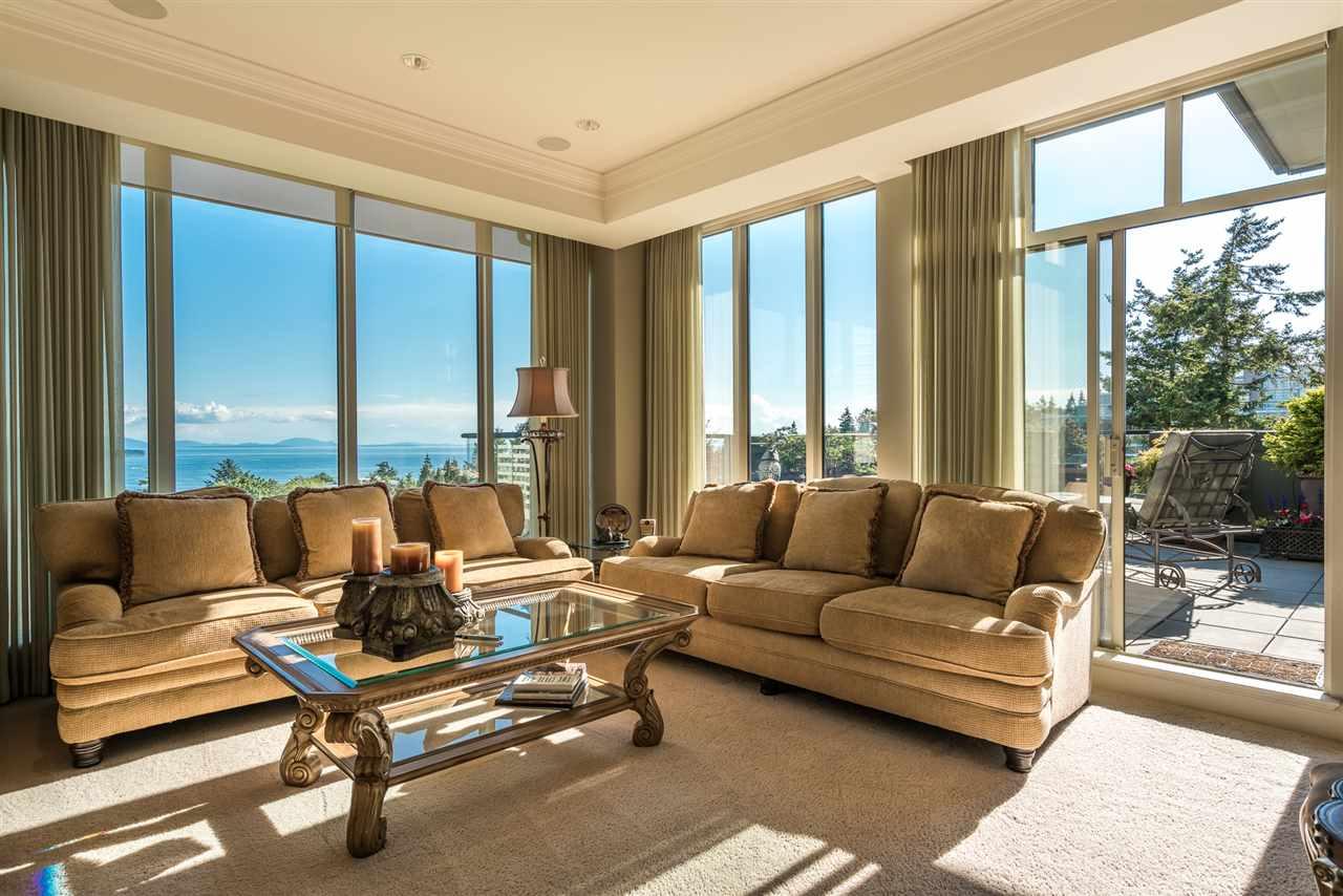 Condo Apartment at 701 1550 MARTIN STREET, Unit 701, South Surrey White Rock, British Columbia. Image 7