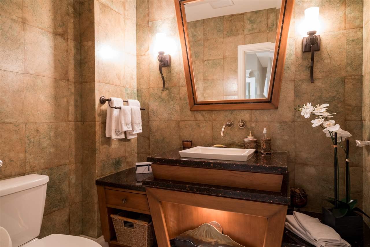 Condo Apartment at 701 1550 MARTIN STREET, Unit 701, South Surrey White Rock, British Columbia. Image 15