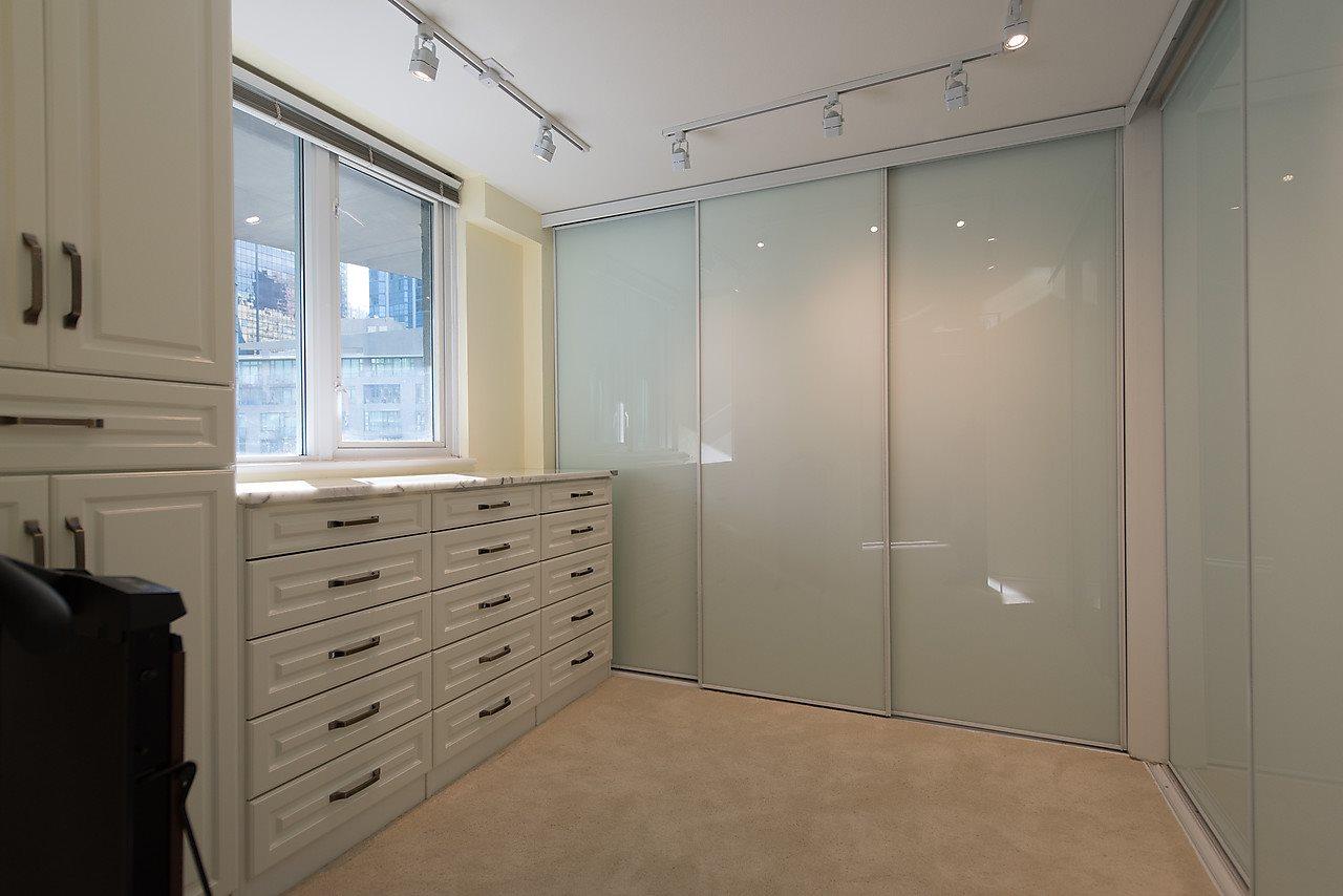 Condo Apartment at 503 535 NICOLA STREET, Unit 503, Vancouver West, British Columbia. Image 13