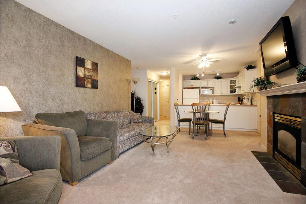 Condo Apartment at 312 328 ESPLANADE AVENUE, Unit 312, Harrison Hot Springs, British Columbia. Image 4