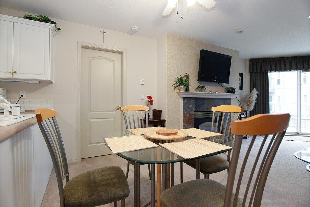 Condo Apartment at 312 328 ESPLANADE AVENUE, Unit 312, Harrison Hot Springs, British Columbia. Image 7
