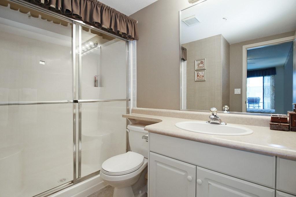 Condo Apartment at 312 328 ESPLANADE AVENUE, Unit 312, Harrison Hot Springs, British Columbia. Image 16