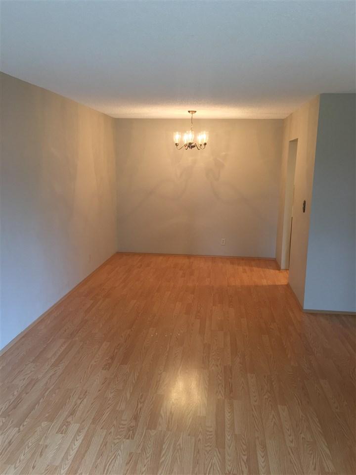 Condo Apartment at 206 1720 SOUTHMERE CRESCENT, Unit 206, South Surrey White Rock, British Columbia. Image 3