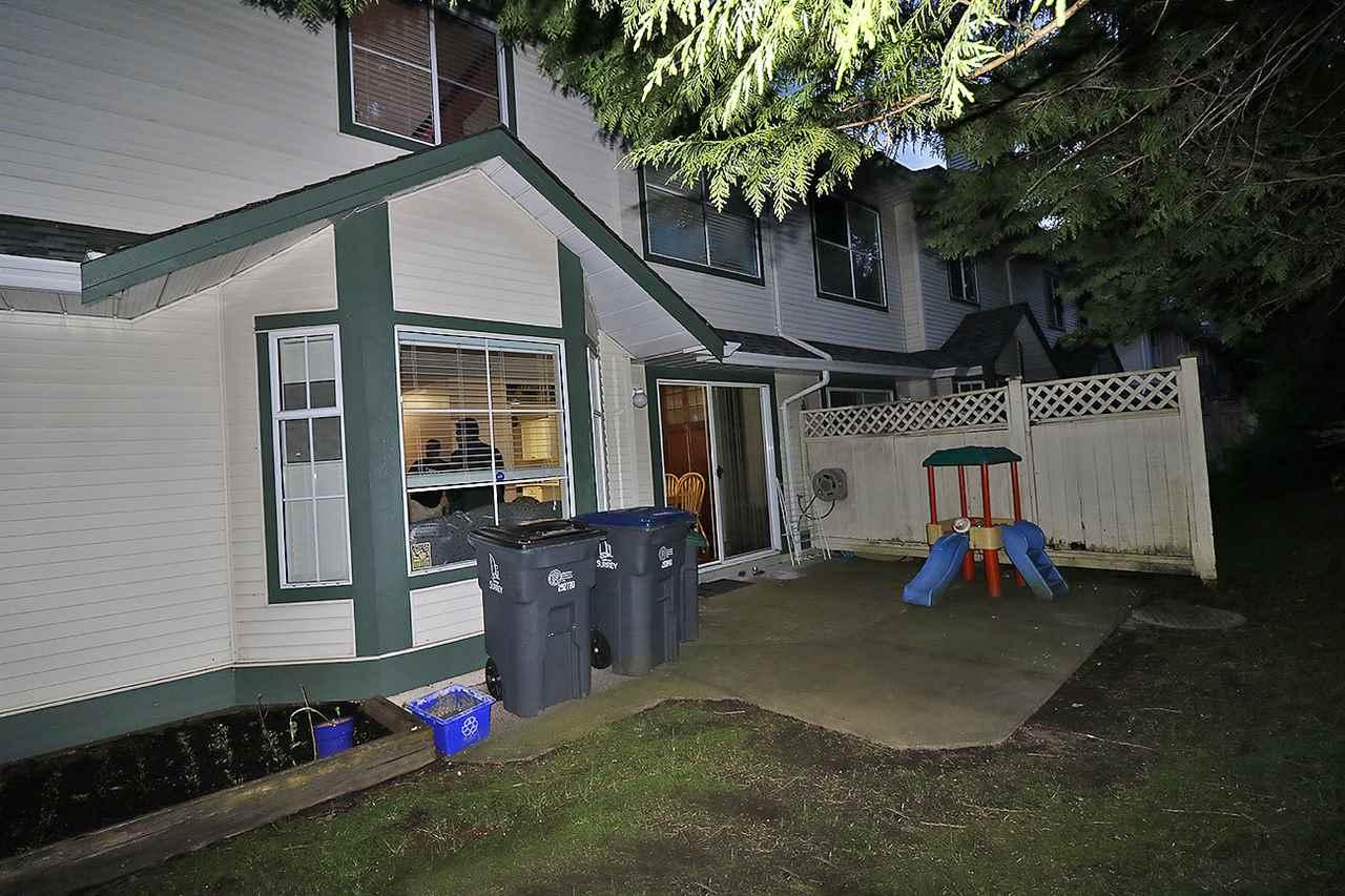 Townhouse at 121 8655 KING GEORGE BOULEVARD, Unit 121, Surrey, British Columbia. Image 19