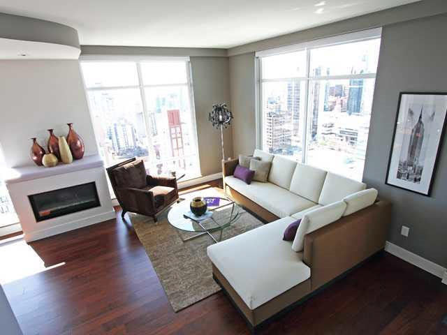 Condo Apartment at 2901 565 SMITHE STREET, Unit 2901, Vancouver West, British Columbia. Image 3