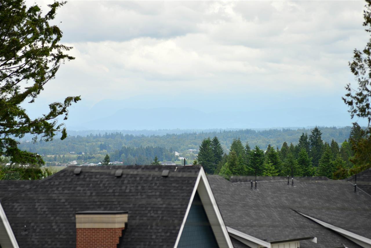 Townhouse at 7 15688 28 AVENUE, Unit 7, South Surrey White Rock, British Columbia. Image 4