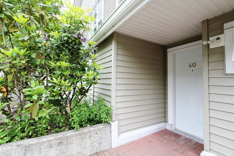 Townhouse at 40 6670 RUMBLE STREET, Unit 40, Burnaby South, British Columbia. Image 2