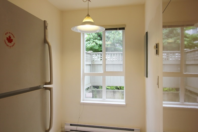 Townhouse at 40 6670 RUMBLE STREET, Unit 40, Burnaby South, British Columbia. Image 7