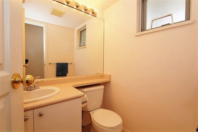 Townhouse at 40 6670 RUMBLE STREET, Unit 40, Burnaby South, British Columbia. Image 8