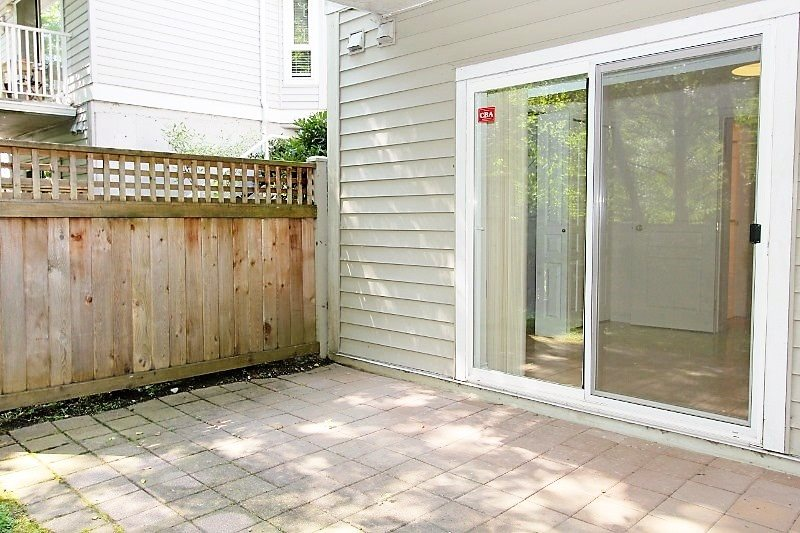 Townhouse at 40 6670 RUMBLE STREET, Unit 40, Burnaby South, British Columbia. Image 16