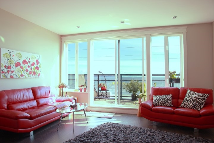 Condo Apartment at 302 15449 MARINE DRIVE, Unit 302, South Surrey White Rock, British Columbia. Image 3