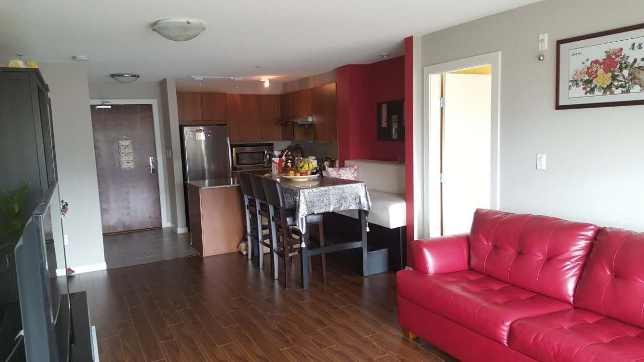 Condo Apartment at 313 5885 IRMIN STREET, Unit 313, Burnaby South, British Columbia. Image 2