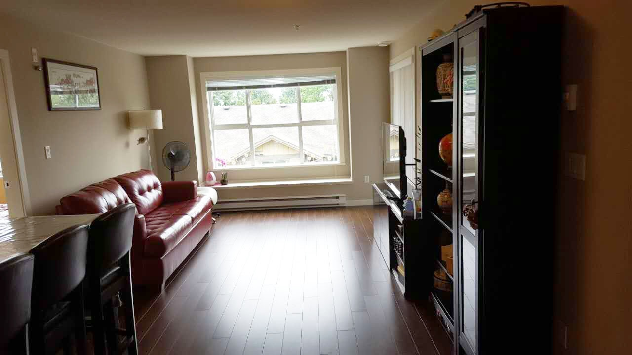 Condo Apartment at 313 5885 IRMIN STREET, Unit 313, Burnaby South, British Columbia. Image 3