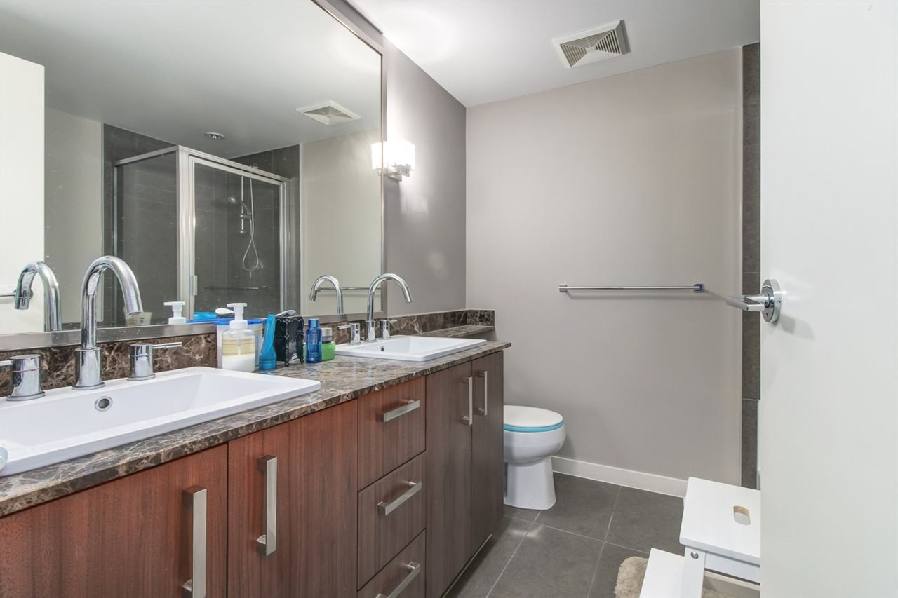 Condo Apartment at 313 5885 IRMIN STREET, Unit 313, Burnaby South, British Columbia. Image 6
