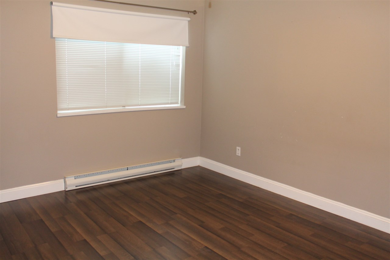Condo Apartment at 101 32044 OLD YALE ROAD, Unit 101, Abbotsford, British Columbia. Image 5