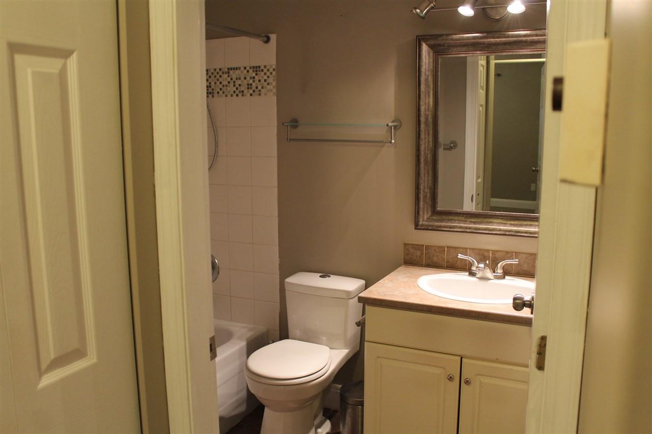 Condo Apartment at 101 32044 OLD YALE ROAD, Unit 101, Abbotsford, British Columbia. Image 10