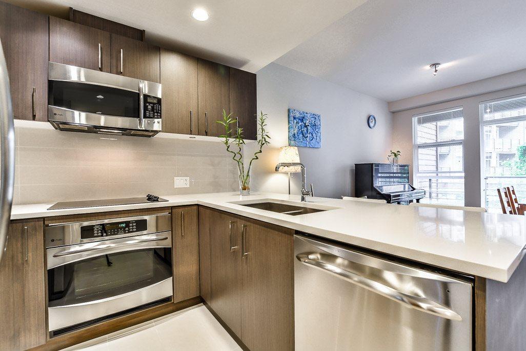 Condo Apartment at 215 5983 GRAY AVENUE, Unit 215, Vancouver West, British Columbia. Image 8