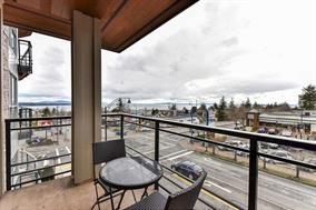 Condo Apartment at 307 1420 JOHNSTON ROAD, Unit 307, South Surrey White Rock, British Columbia. Image 2