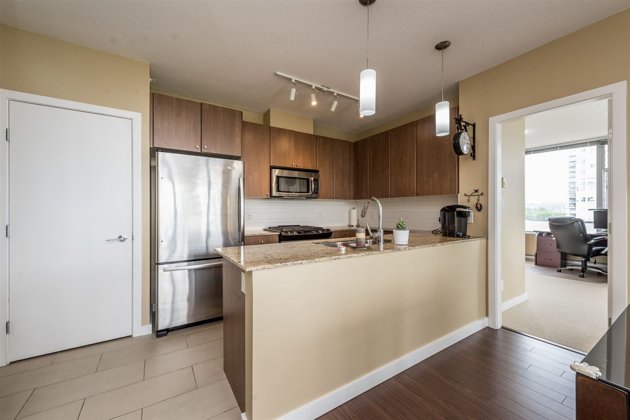 Condo Apartment at 704 280 ROSS DRIVE, Unit 704, New Westminster, British Columbia. Image 3