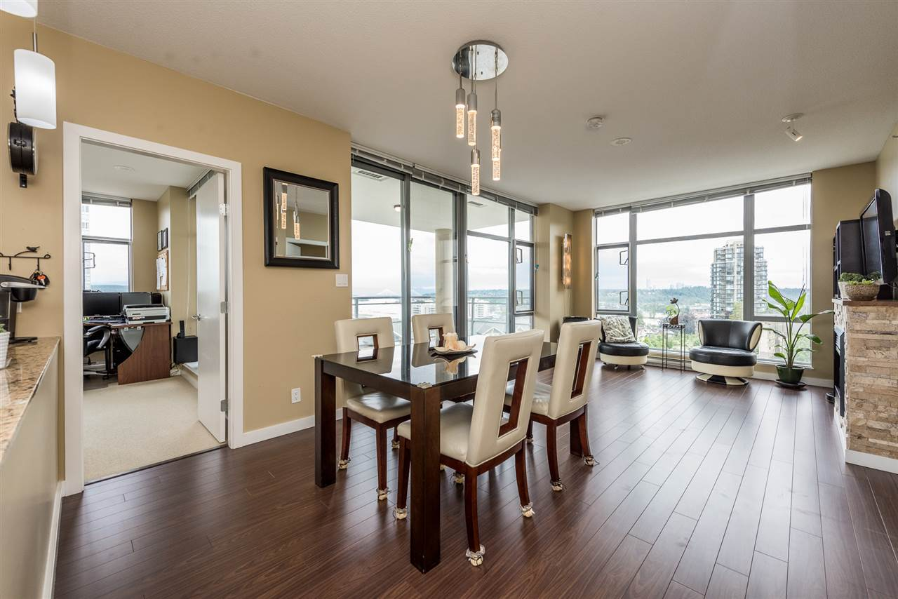 Condo Apartment at 704 280 ROSS DRIVE, Unit 704, New Westminster, British Columbia. Image 5