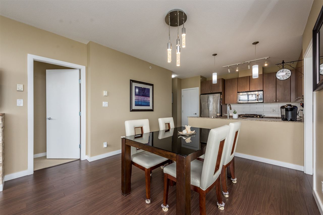 Condo Apartment at 704 280 ROSS DRIVE, Unit 704, New Westminster, British Columbia. Image 7