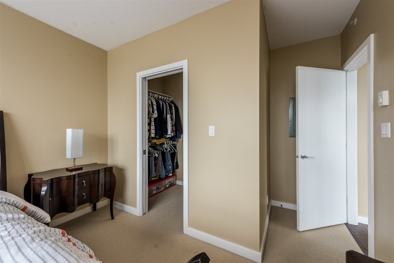 Condo Apartment at 704 280 ROSS DRIVE, Unit 704, New Westminster, British Columbia. Image 13