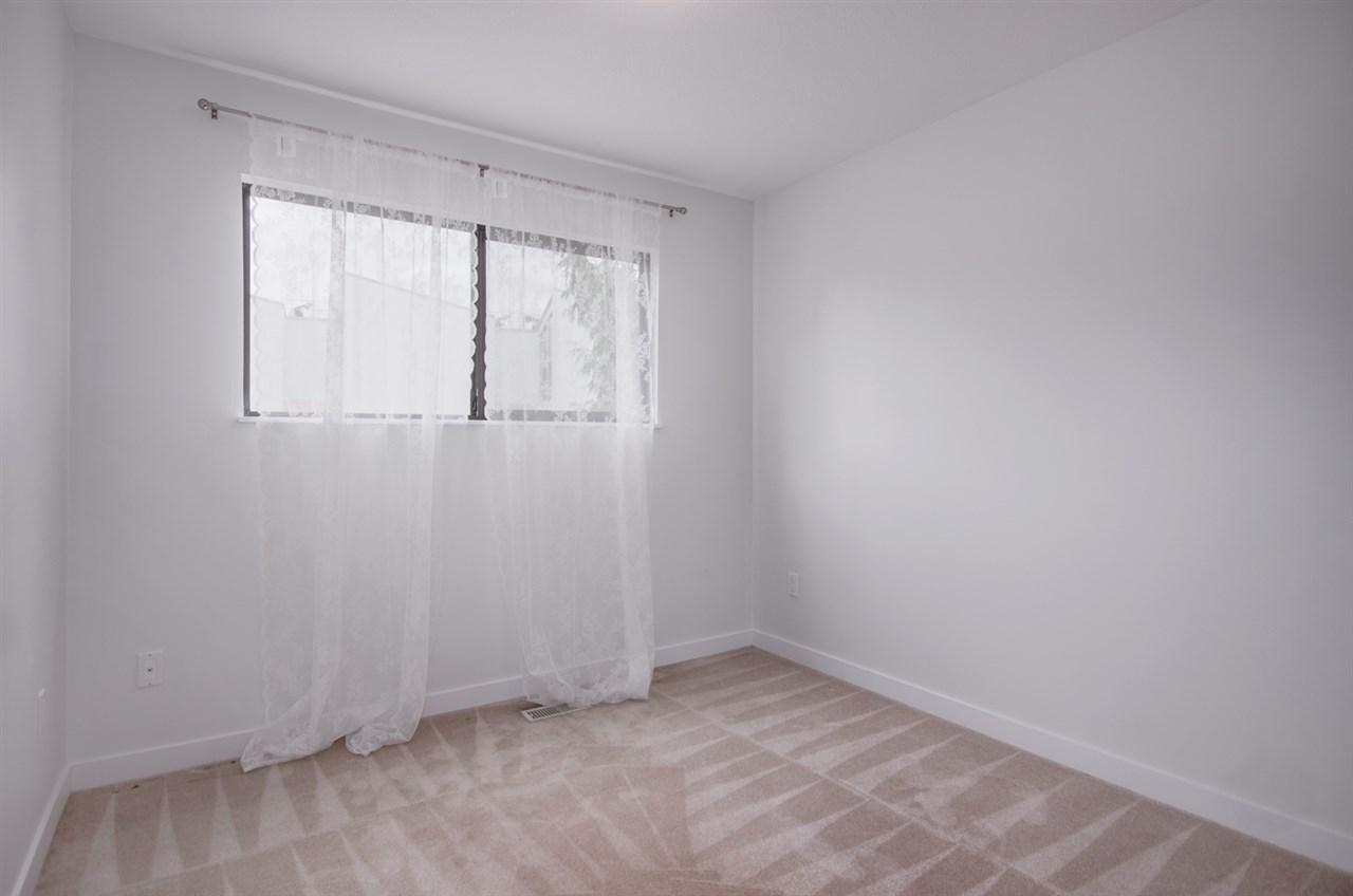 Half-duplex at 4991 MARIPOSA COURT, Richmond, British Columbia. Image 9