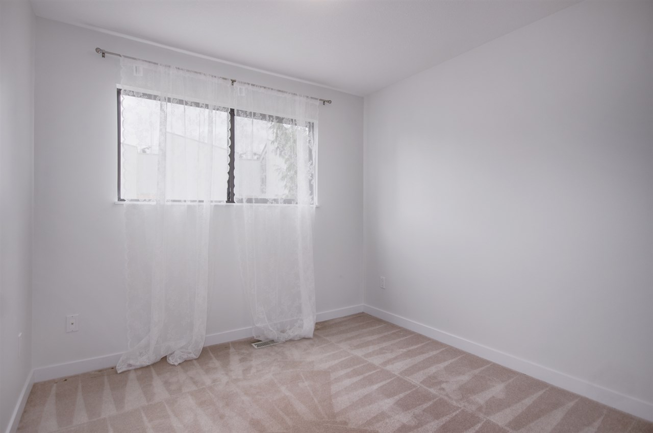 Half-duplex at 4991 MARIPOSA COURT, Richmond, British Columbia. Image 11