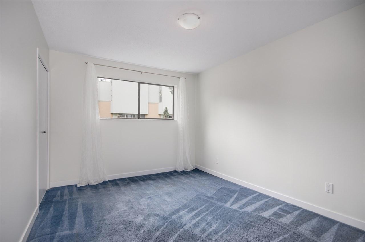 Half-duplex at 4991 MARIPOSA COURT, Richmond, British Columbia. Image 17