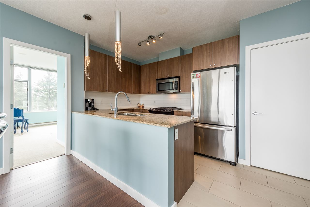 Condo Apartment at 1606 280 ROSS DRIVE, Unit 1606, New Westminster, British Columbia. Image 5