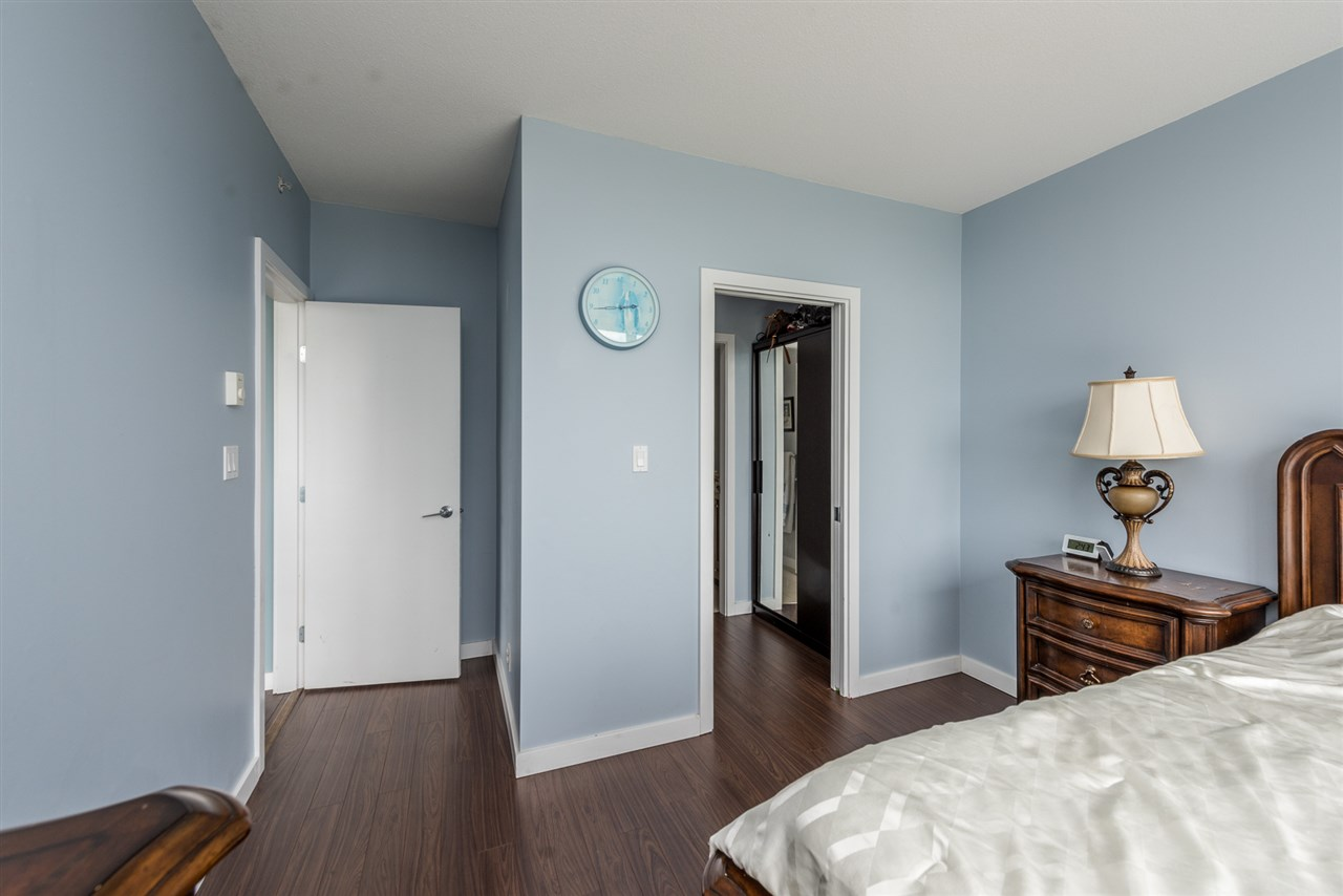 Condo Apartment at 1606 280 ROSS DRIVE, Unit 1606, New Westminster, British Columbia. Image 10