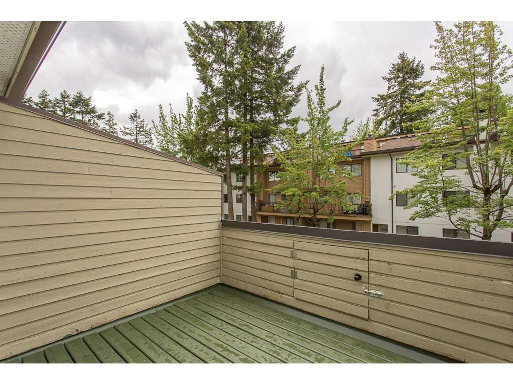Townhouse at 13303 71B AVENUE, Surrey, British Columbia. Image 2