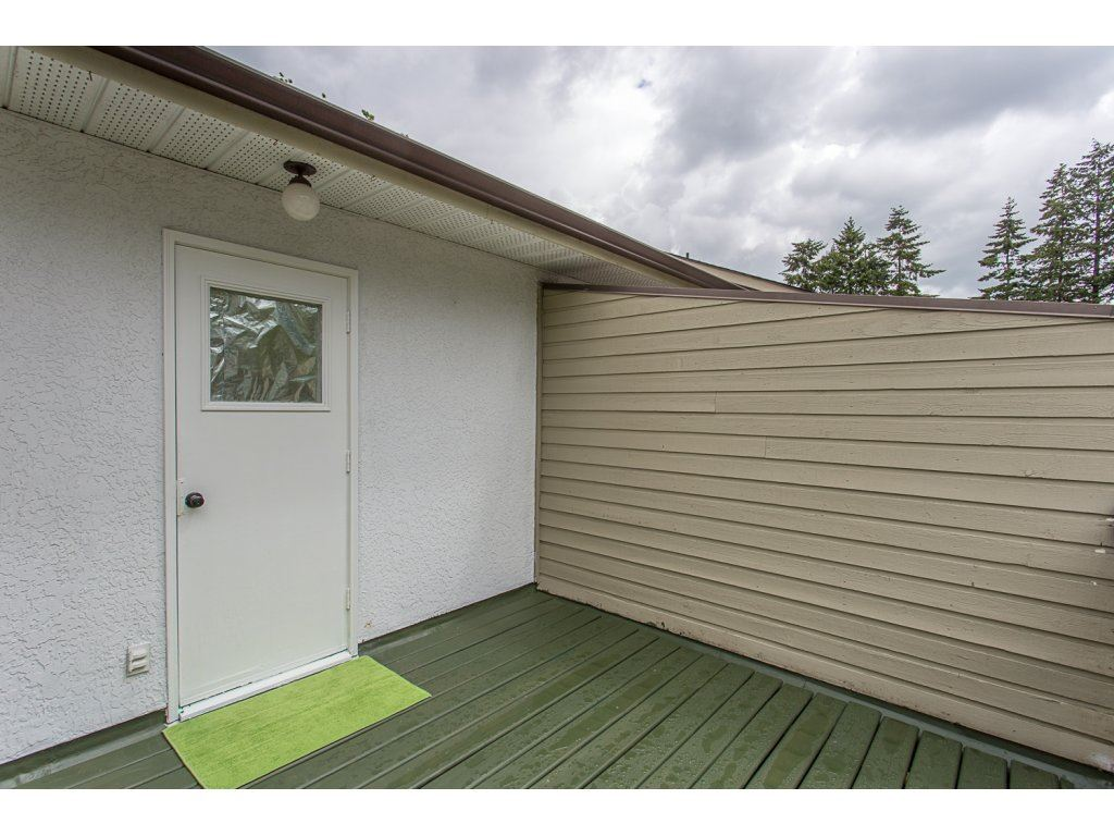 Townhouse at 13303 71B AVENUE, Surrey, British Columbia. Image 20