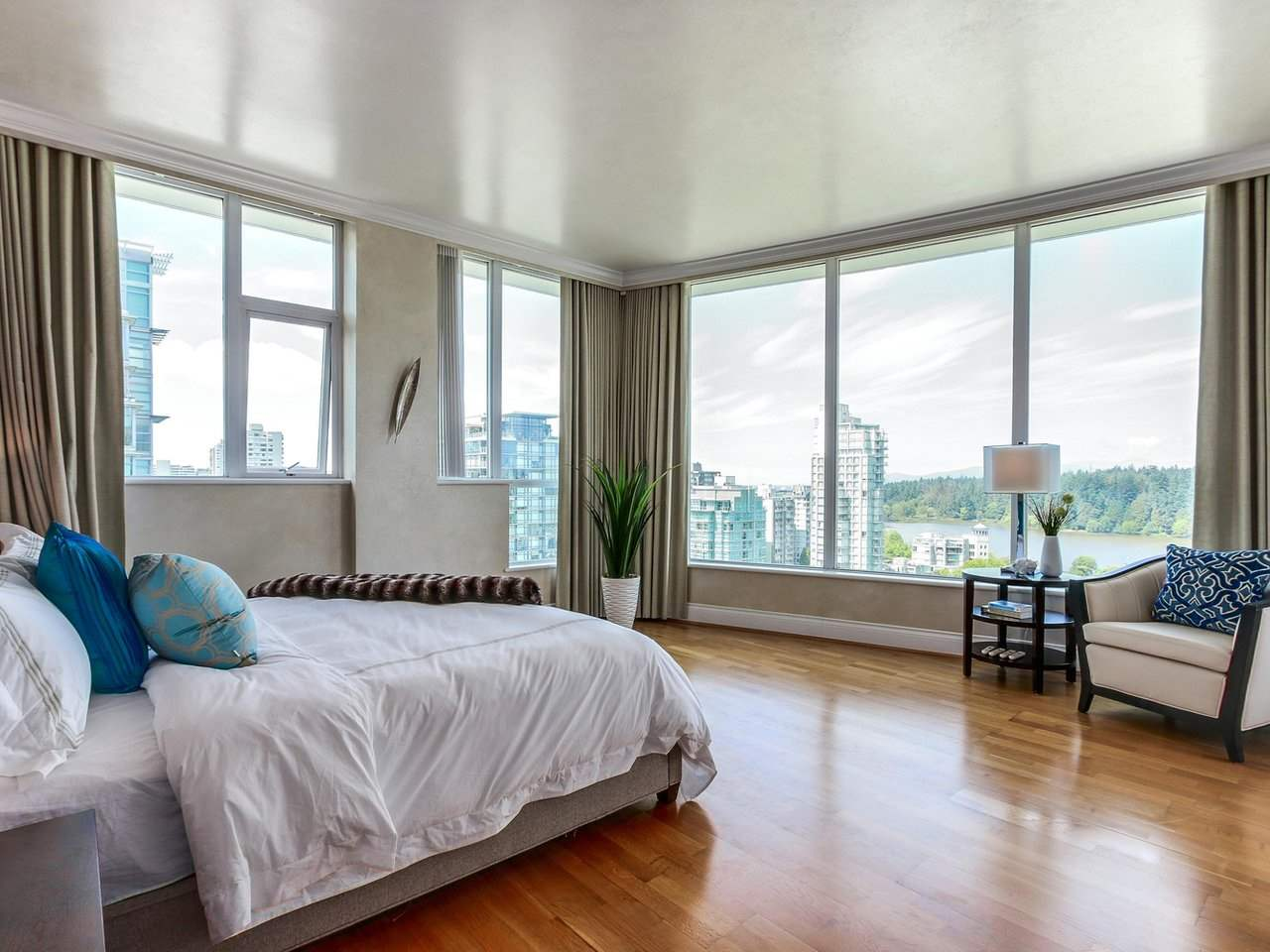 Condo Apartment at PH2 1777 BAYSHORE DRIVE, Unit PH2, Vancouver West, British Columbia. Image 12