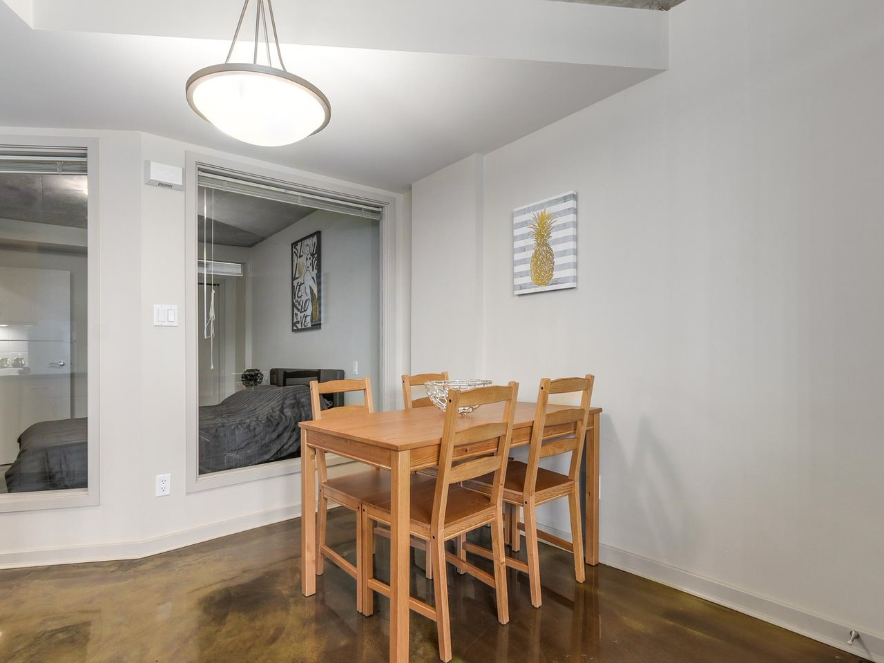 Condo Apartment at 905 STATION STREET, Vancouver East, British Columbia. Image 6