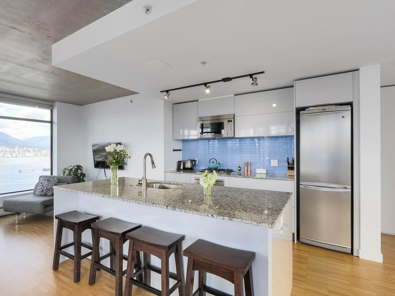 Condo Apartment at 2510 128 W CORDOVA STREET, Unit 2510, Vancouver West, British Columbia. Image 3