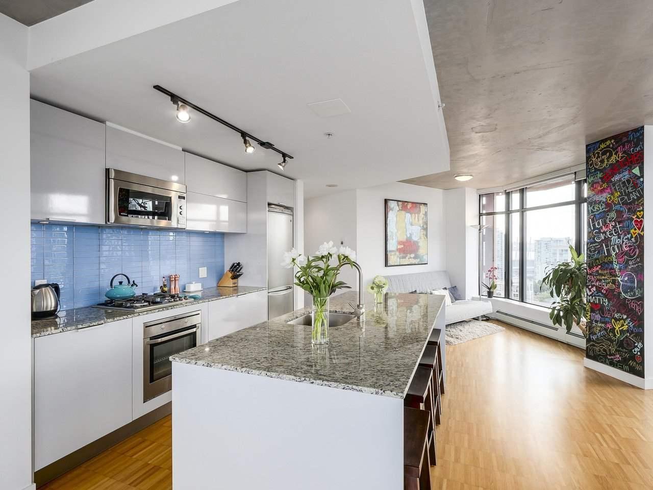Condo Apartment at 2510 128 W CORDOVA STREET, Unit 2510, Vancouver West, British Columbia. Image 9