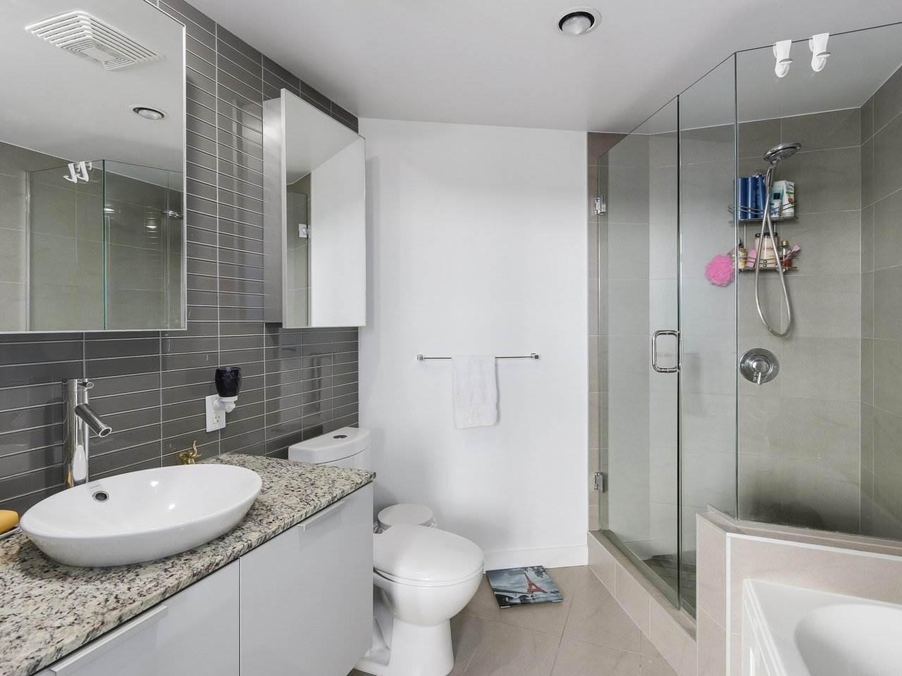 Condo Apartment at 2510 128 W CORDOVA STREET, Unit 2510, Vancouver West, British Columbia. Image 12