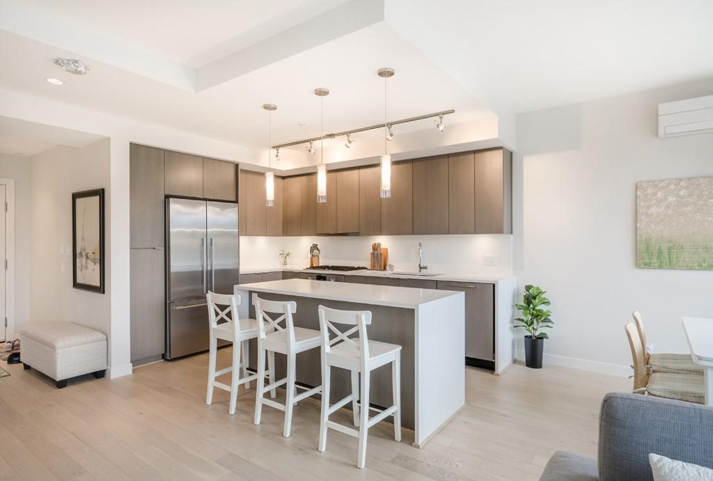Condo Apartment at PH1 5555 DUNBAR STREET, Unit PH1, Vancouver West, British Columbia. Image 3