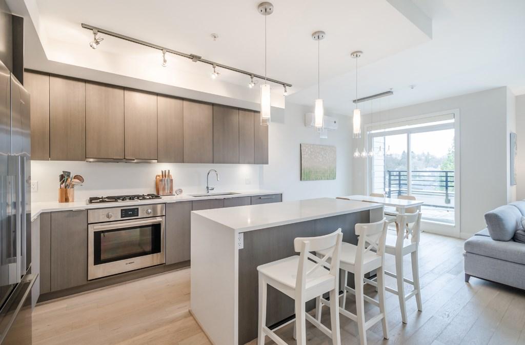 Condo Apartment at PH1 5555 DUNBAR STREET, Unit PH1, Vancouver West, British Columbia. Image 4