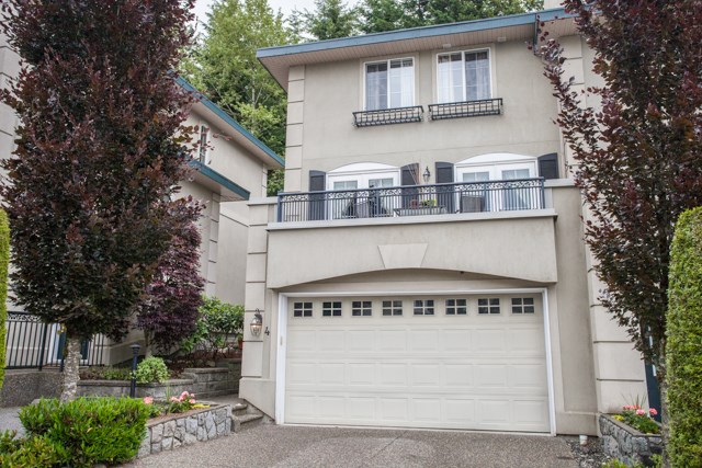 Townhouse at 4 1651 PARKWAY BOULEVARD, Unit 4, Coquitlam, British Columbia. Image 1