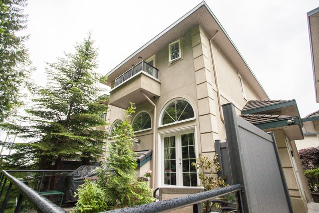 Townhouse at 4 1651 PARKWAY BOULEVARD, Unit 4, Coquitlam, British Columbia. Image 17