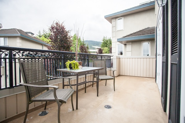 Townhouse at 4 1651 PARKWAY BOULEVARD, Unit 4, Coquitlam, British Columbia. Image 18