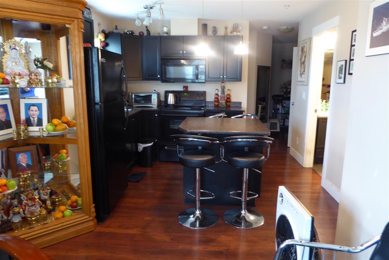 Condo Apartment at 117 30515 CARDINAL AVENUE, Unit 117, Abbotsford, British Columbia. Image 3