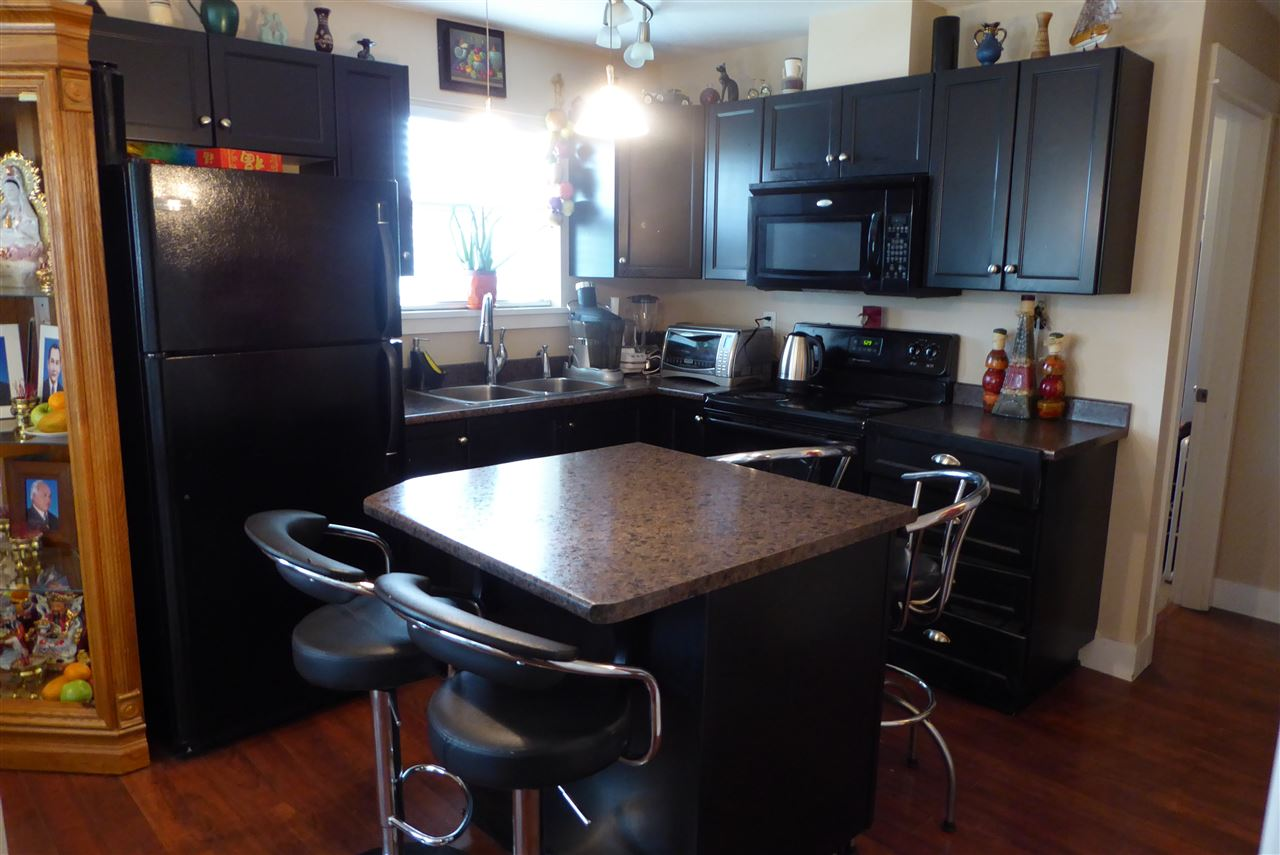 Condo Apartment at 117 30515 CARDINAL AVENUE, Unit 117, Abbotsford, British Columbia. Image 5