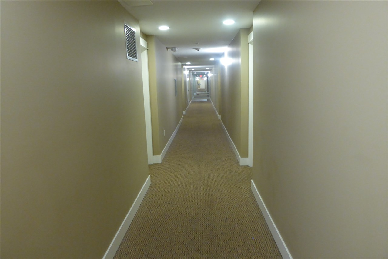 Condo Apartment at 117 30515 CARDINAL AVENUE, Unit 117, Abbotsford, British Columbia. Image 13