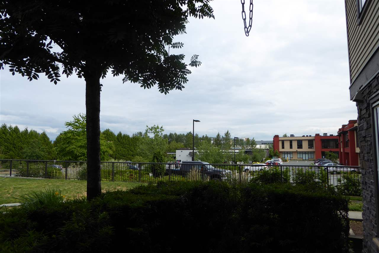 Condo Apartment at 117 30515 CARDINAL AVENUE, Unit 117, Abbotsford, British Columbia. Image 17
