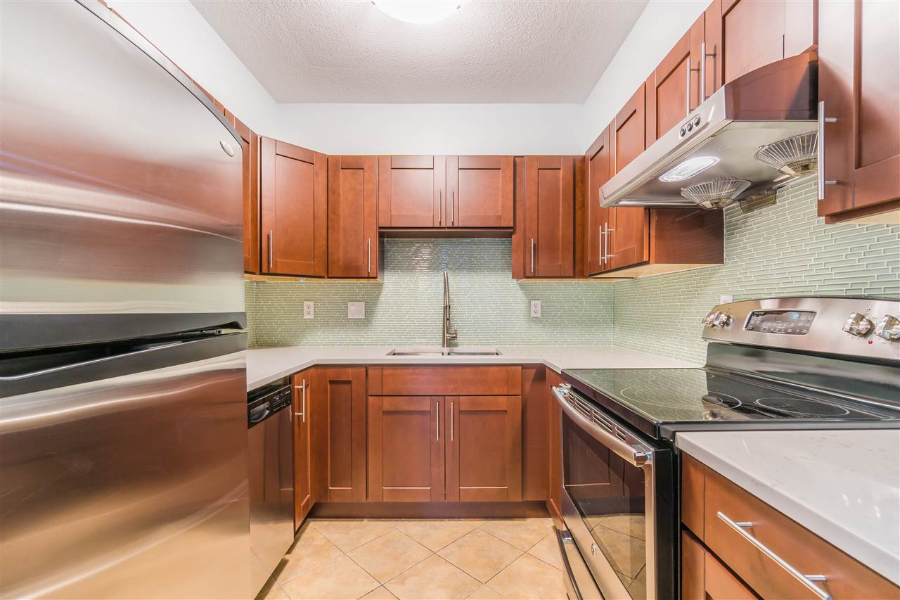 Townhouse at 32 8120 GENERAL CURRIE ROAD, Unit 32, Richmond, British Columbia. Image 6