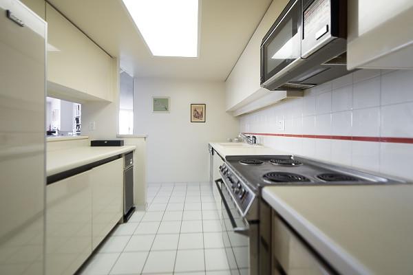 Condo Apartment at 602 1600 HOWE STREET, Unit 602, Vancouver West, British Columbia. Image 13