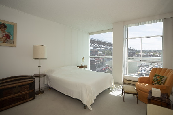 Condo Apartment at 602 1600 HOWE STREET, Unit 602, Vancouver West, British Columbia. Image 15